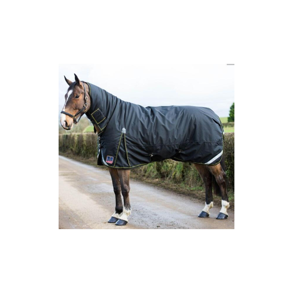 Mackey Equestrian Mackey Lugnaquilla Plus Full Neck Heavy in Black/Gold
