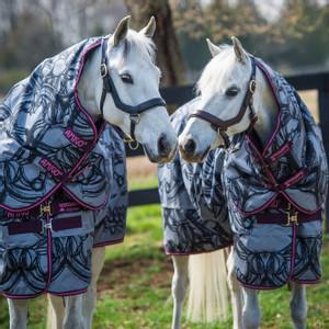 Horseware Amigo Amigo Pony Plus Medium 200g in Horse Print/Purple/Pink