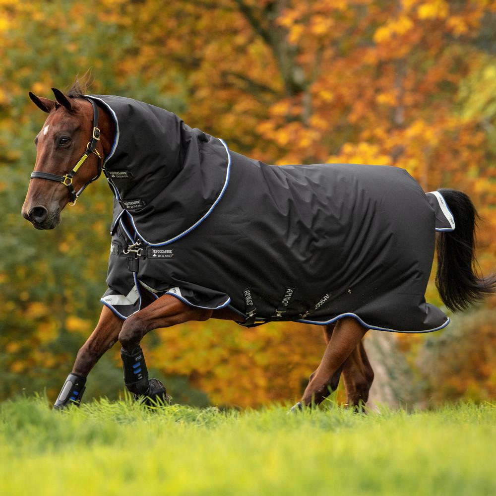 Horseware Amigo Amigo Bravo 12 Turnout Plus Medium 250g in Black/Strong Blue
