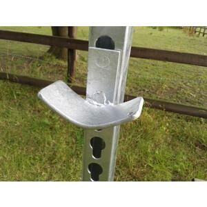 Stubbs Jump Cups Pole Type Galvanised - Pair in Galvanise